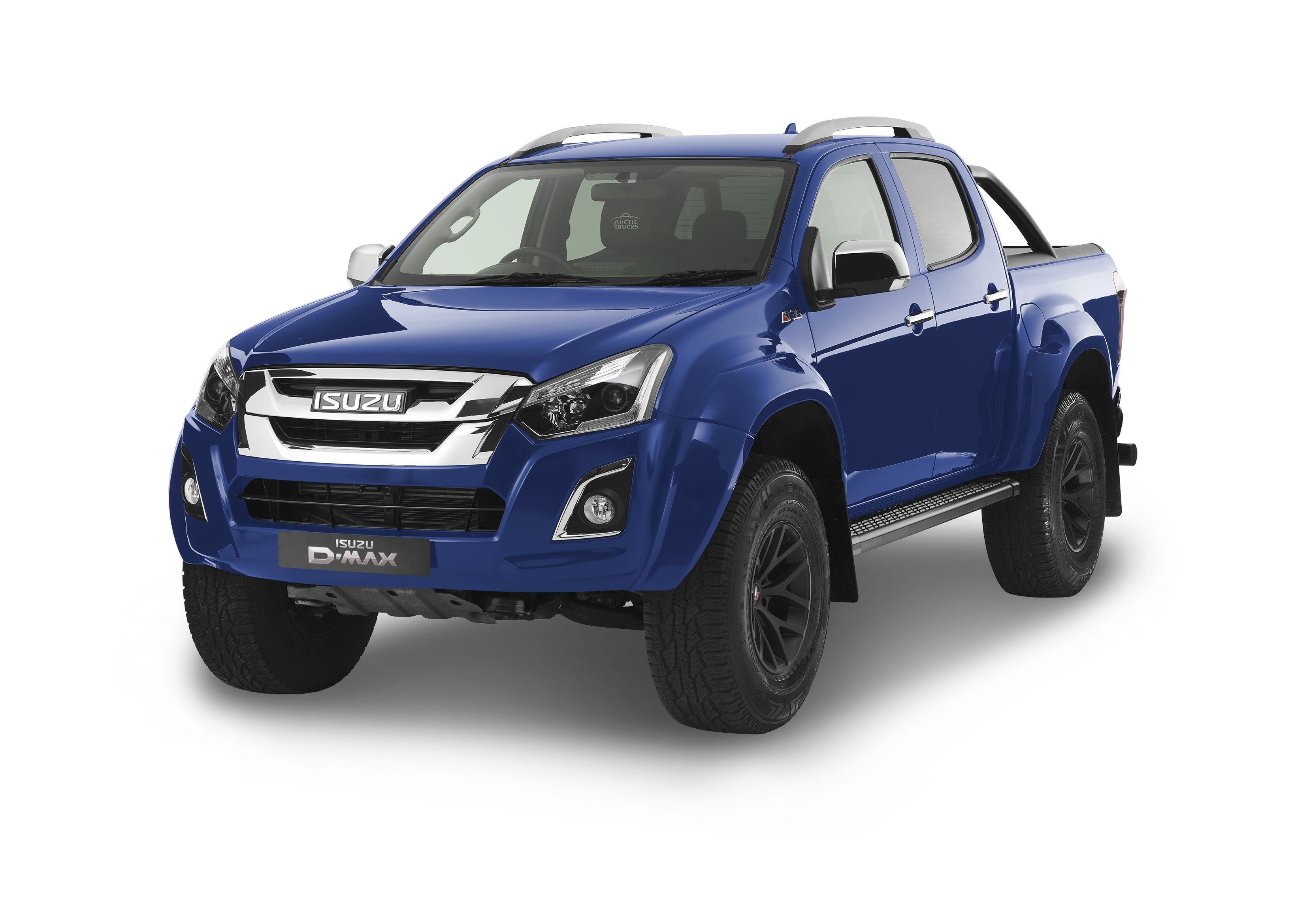 Front view of the Isuzu D-Max Arctic AT35 in blue